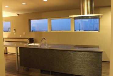 M邸 システムキッチン